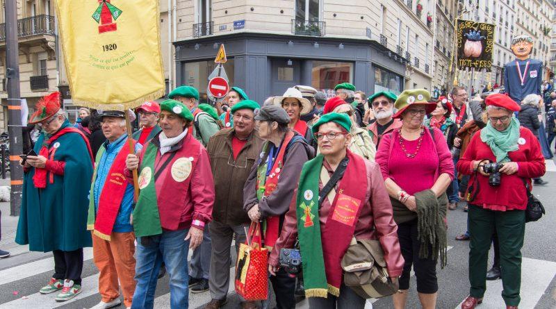 Affluence à la fête des Vendanges de Montmartre ce samedi 12 octobre 2019 (jour du pressoir)